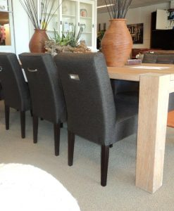 Stel uw eigen stoel samen!